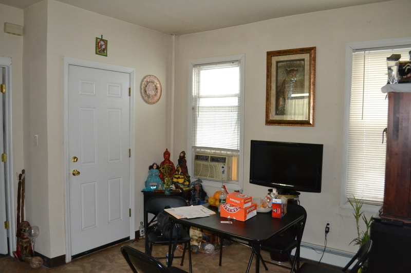 Additional photo for property listing at 376 Highland Avenue  Passaic, New Jersey 07055 États-Unis