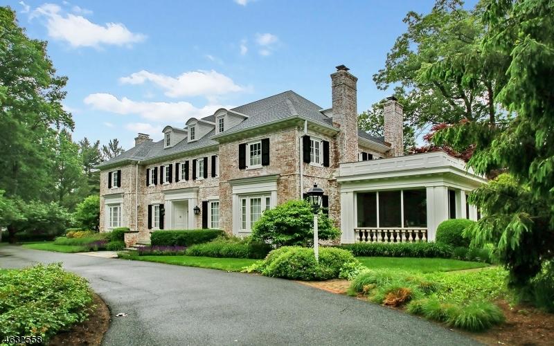 独户住宅 为 销售 在 77 Oval Road Essex Fells, 07021 美国