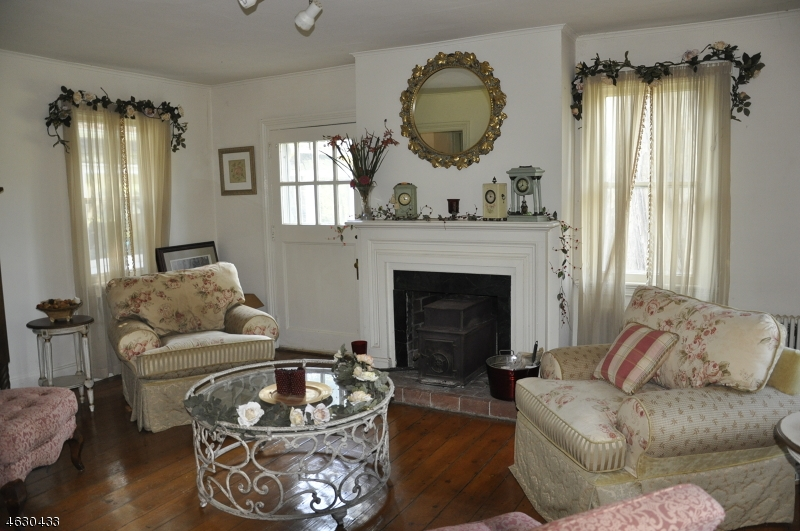 Additional photo for property listing at 24 Pippin Hill Road  Blairstown, Нью-Джерси 07825 Соединенные Штаты