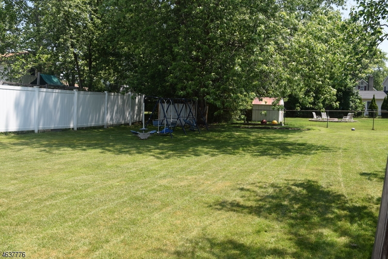 Additional photo for property listing at 3 Tulane Road  Flanders, New Jersey 07836 United States