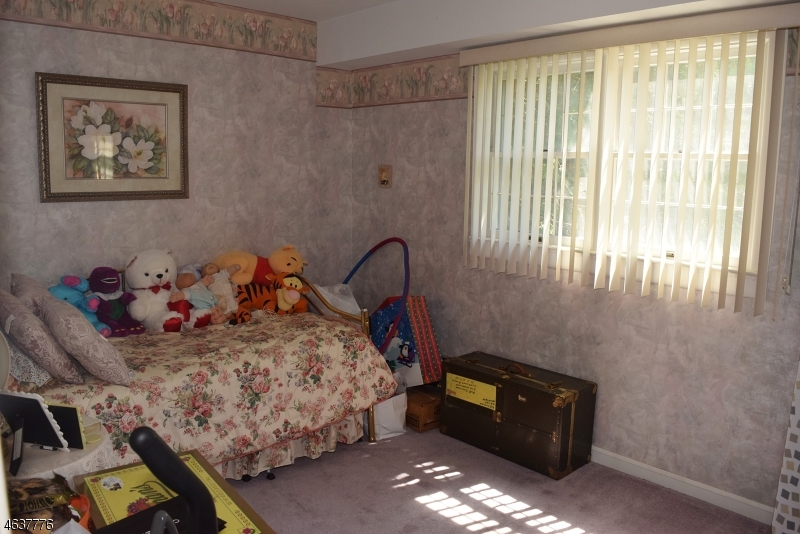 Additional photo for property listing at 3 Tulane Road  Flanders, 新泽西州 07836 美国