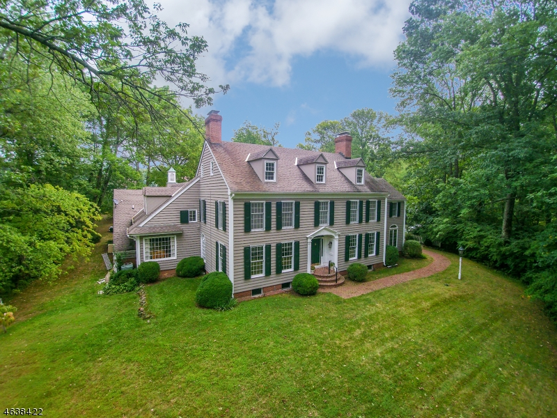 Single Family Home for Sale at 1 Lindsley Road Basking Ridge, New Jersey 07920 United States