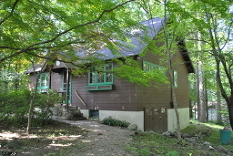 Additional photo for property listing at 10 Anawa Road  Highland Lakes, Nueva Jersey 07422 Estados Unidos