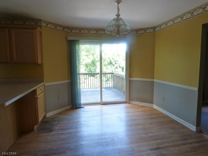 Additional photo for property listing at 20 Sleepy Hollow Drive  Oak Ridge, New Jersey 07438 United States