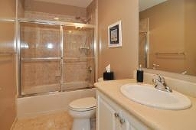 Additional photo for property listing at 180 Winchester Court  Clifton, New Jersey 07013 États-Unis