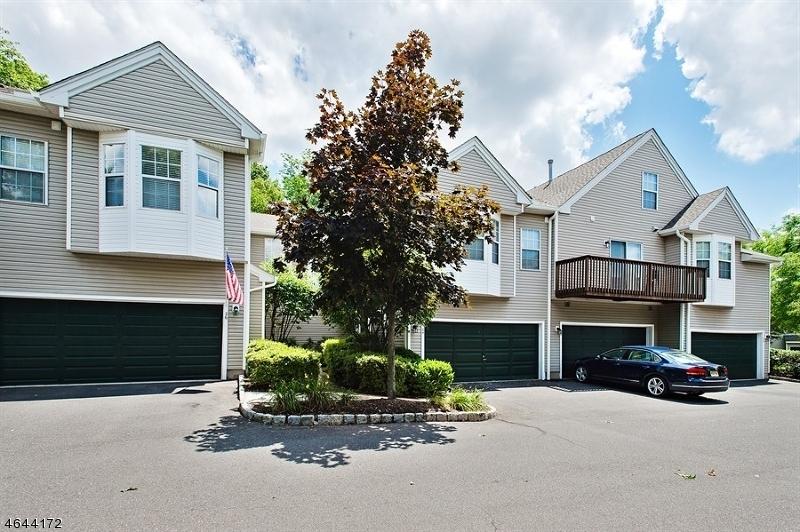 独户住宅 为 销售 在 24 Oak Knoll Lane 贝德明斯特, 新泽西州 07921 美国