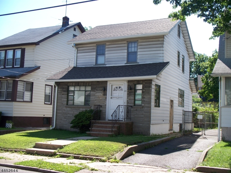 Additional photo for property listing at 64-66 CAROLINA Avenue  Newark, Нью-Джерси 07106 Соединенные Штаты