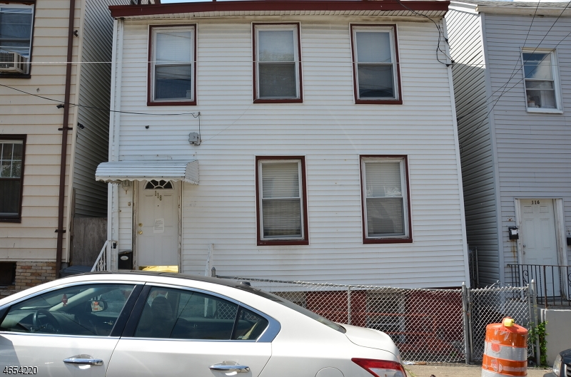 Additional photo for property listing at 118 Spruce Street  Paterson, New Jersey 07501 États-Unis