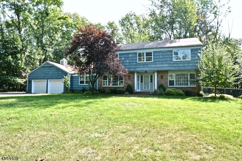 Single Family Home for Sale at 21 Barley Sheaf Road Flemington, New Jersey 08822 United States