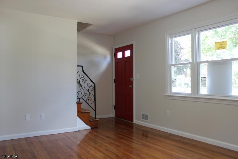 Additional photo for property listing at 50 Newark Avenue  布鲁姆菲尔德, 新泽西州 07003 美国