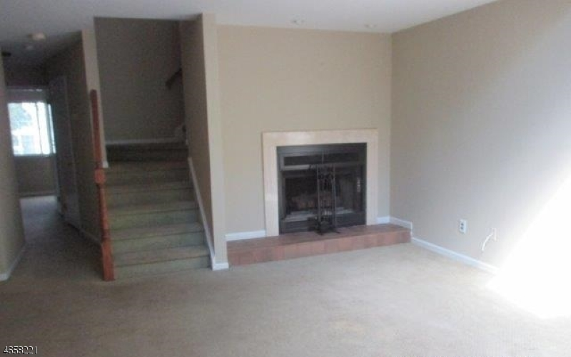 Additional photo for property listing at 5 Academy Court  Bedminster, New Jersey 07921 États-Unis