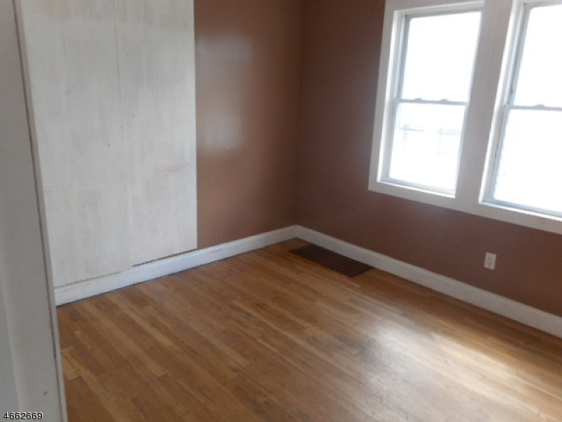 Additional photo for property listing at 455 Crawford Ter  Union, Nueva Jersey 07083 Estados Unidos