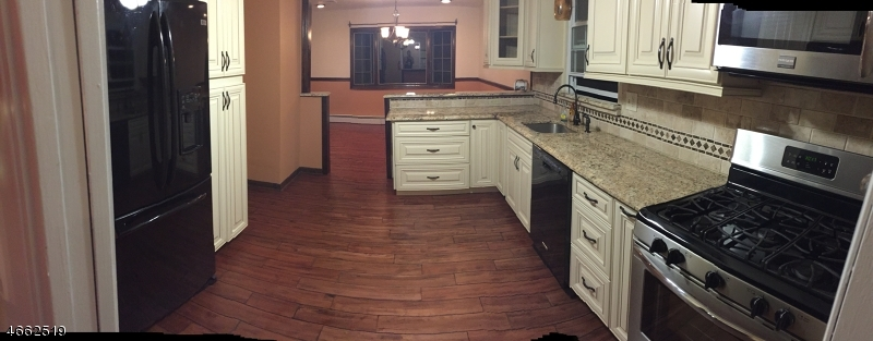 Additional photo for property listing at 58 Johnson Street  Clifton, New Jersey 07014 États-Unis