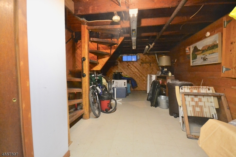 Additional photo for property listing at 57 W SHORE Trail  Sparta, Нью-Джерси 07871 Соединенные Штаты