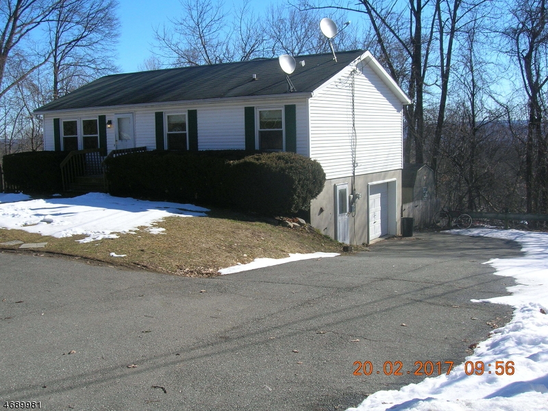 Single Family Home for Rent at 33 Summit Drive Sussex, New Jersey 07461 United States