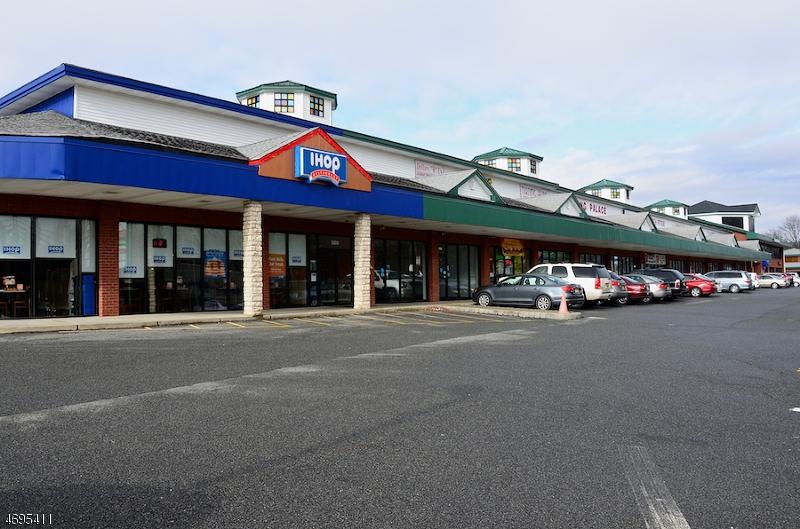 Commercial pour l Vente à 176-200 MOUNTAIN Avenue Hackettstown, New Jersey 07840 États-Unis