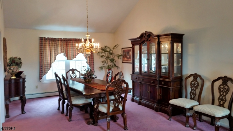 Additional photo for property listing at 73 Continental Road  West Milford, Нью-Джерси 07480 Соединенные Штаты
