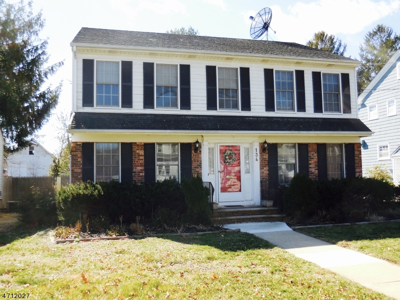 Single Family Home for Sale at 134 Cherry Avenue Bound Brook, New Jersey 08805 United States