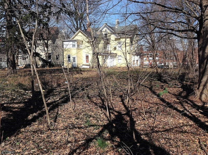 Land for Sale at 142 E 4th Avenue Roselle, 07203 United States