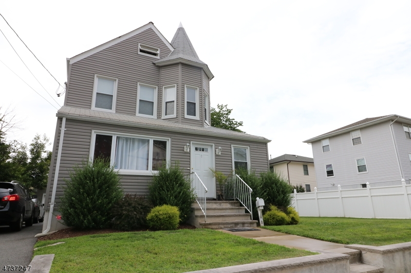 Single Family Home for Rent at 8 William Street Clifton, New Jersey 07014 United States