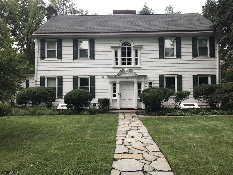 Частный односемейный дом для того Аренда на 55 Lakeview Avenue Millburn, Нью-Джерси 07078 Соединенные Штаты