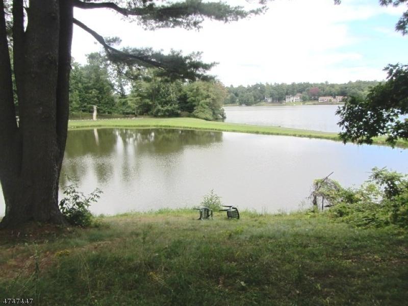 Частный односемейный дом для того Аренда на 228-B SHORE DRIVE Montague, Нью-Джерси 07827 Соединенные Штаты