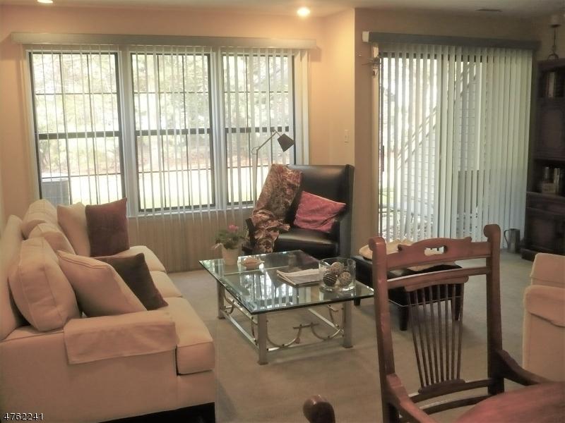 独户住宅 为 出租 在 7E NEW BEDFORD Road 西米尔福德, 新泽西州 07480 美国