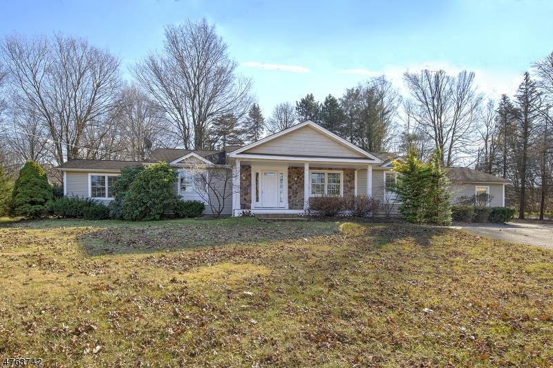 一戸建て のために 売買 アット 104 Hillside Road Chester, ニュージャージー 07930 アメリカ合衆国
