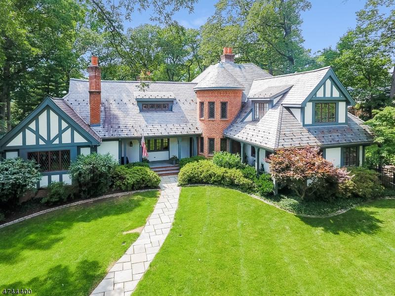 Casa Unifamiliar por un Venta en 22 Canterbury Lane Summit, Nueva Jersey 07901 Estados Unidos