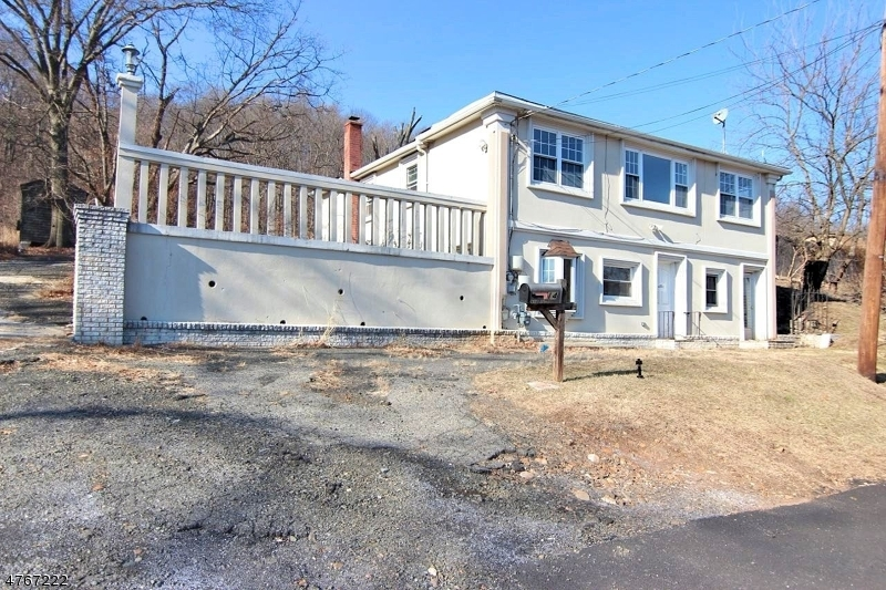 独户住宅 为 销售 在 14 Manchester Avenue Haledon, 新泽西州 07508 美国