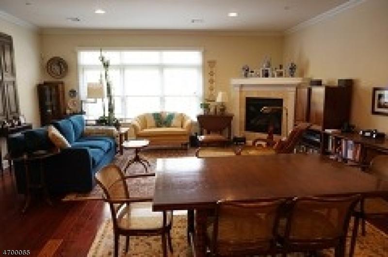 Частный односемейный дом для того Аренда на 31-41 Church Street Unit 307 South Orange, Нью-Джерси 07079 Соединенные Штаты