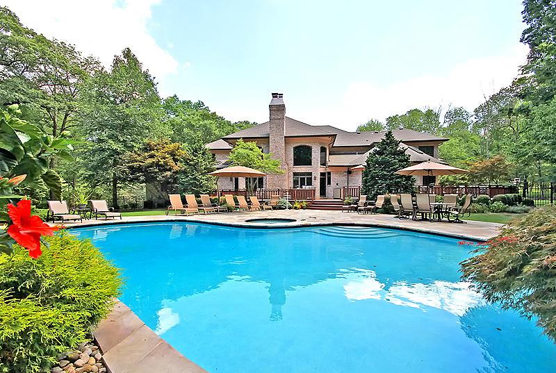 Enfamiljshus för Försäljning vid 22 Heath Drive Bridgewater, New Jersey 08807 Usa