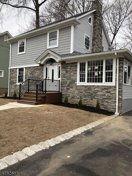 Maison unifamiliale pour l Vente à 727 Ackerman Avenue Glen Rock, New Jersey 07452 États-Unis