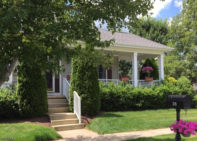 Частный односемейный дом для того Продажа на 28 FALCON WAY Washington, Нью-Джерси 07882 Соединенные Штаты