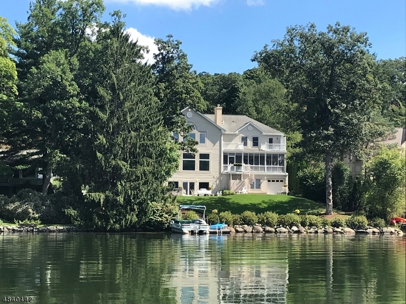 Single Family Home for Sale at 204 PINES LAKE Drive Wayne, New Jersey 07470 United States