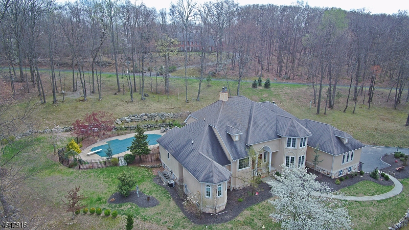 Single Family Home for Sale at 70 LAMBERT DR 70 LAMBERT DR Sparta, New Jersey 07871 United States
