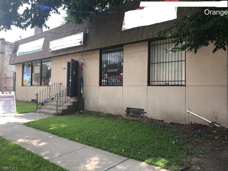 Commercial pour l Vente à 506 CENTRAL Avenue Orange, New Jersey 07050 États-Unis