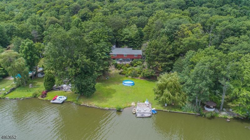 独户住宅 为 销售 在 247 BEARFORT Road 西米尔福德, 新泽西州 07480 美国