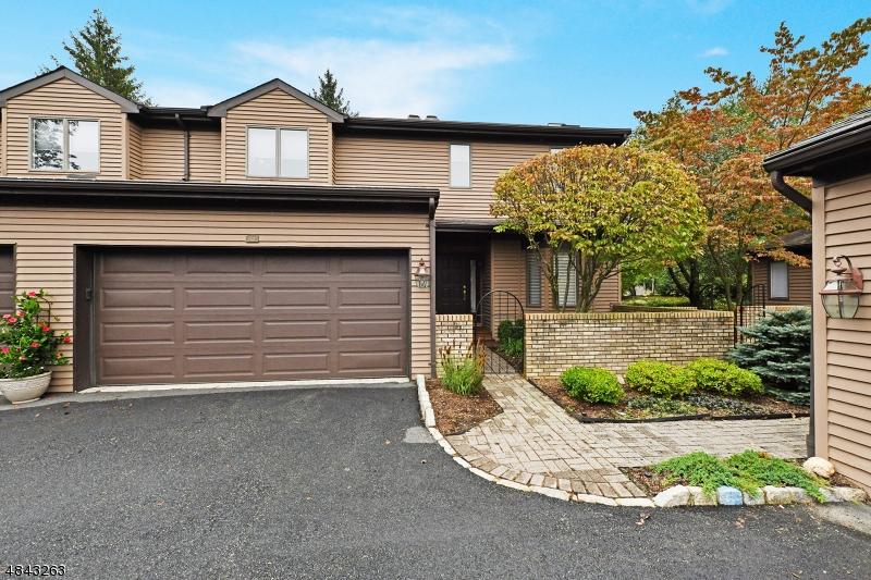 Condominium for Sale at 168 VAN WINKLE LN Mahwah, New Jersey 07430 United States