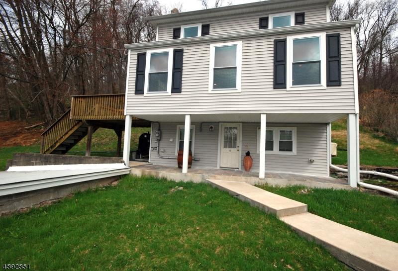 Single Family Homes 為 出售 在 Oxford, 新澤西州 07863 美國
