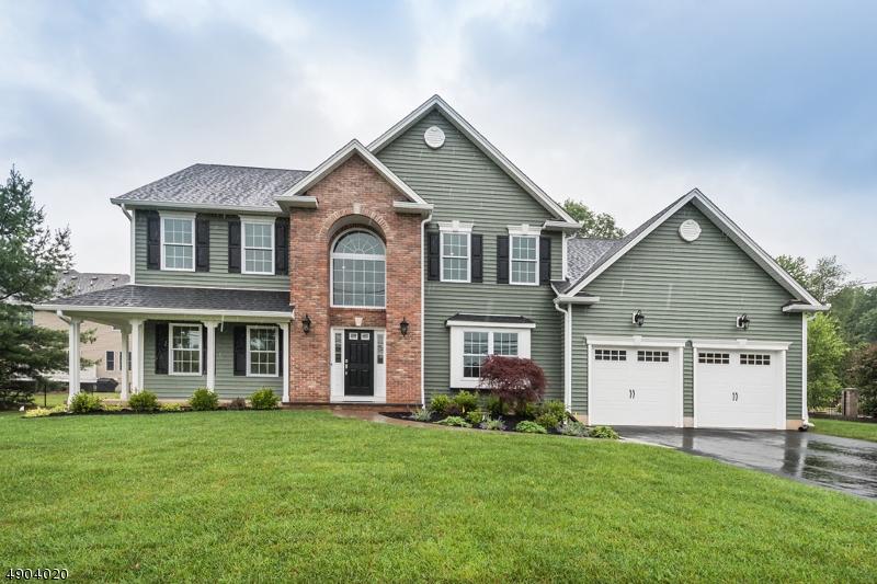 single family homes для того Продажа на Hanover, Нью-Джерси 07981 Соединенные Штаты