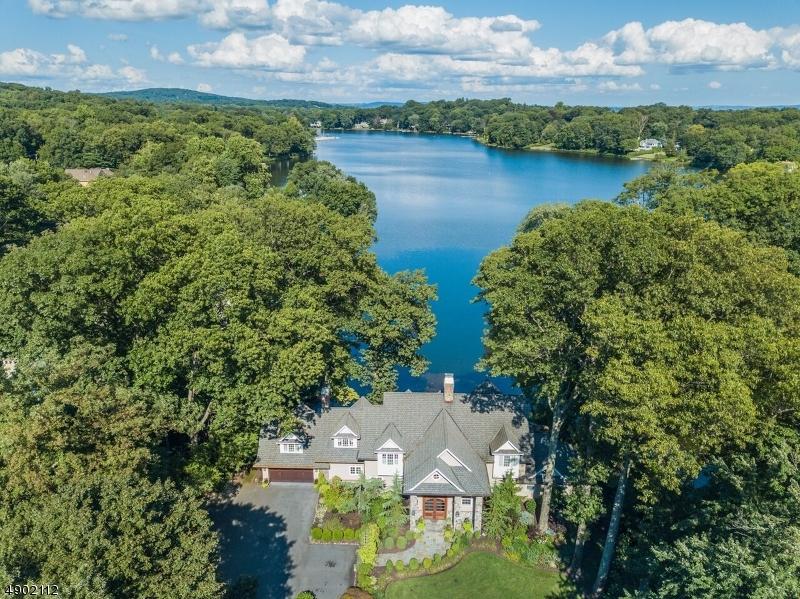 Single Family Homes för Försäljning vid Mountain Lakes, New Jersey 07046 Förenta staterna