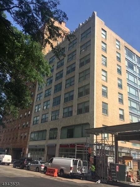 Commercial for Rent at Newark, New Jersey 07102 United States