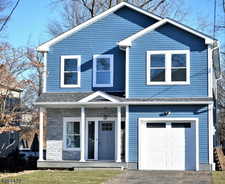 Single Family Homes för Försäljning vid Little Falls, New Jersey 07424 Förenta staterna