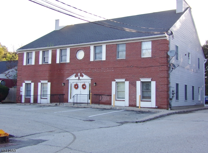 Property 为 销售 在 Byram Township, 新泽西州 07821 美国