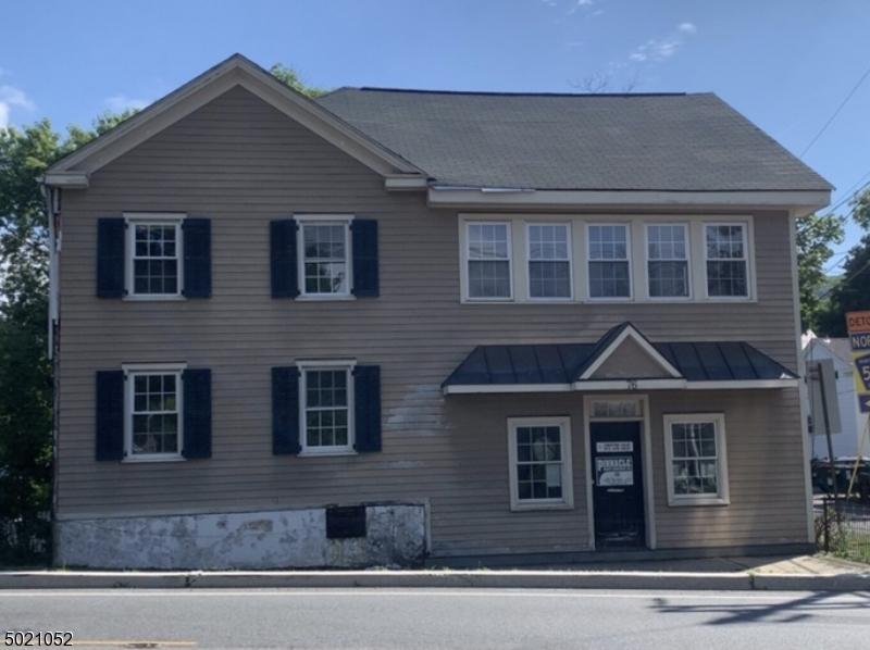 Single Family Homes för Försäljning vid Califon, New Jersey 07830 Förenta staterna