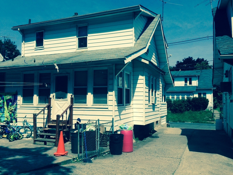 Additional photo for property listing at 426-428 E 24th Street  Paterson, Nueva Jersey 07514 Estados Unidos