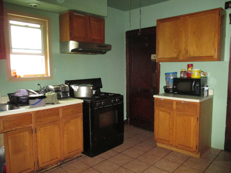Additional photo for property listing at 426-428 E 24th Street  Paterson, New Jersey 07514 United States