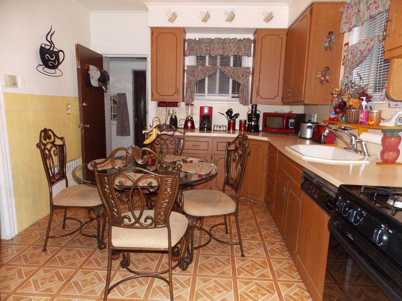 Additional photo for property listing at 385-389 E 19TH Street  Paterson, Nueva Jersey 07524 Estados Unidos