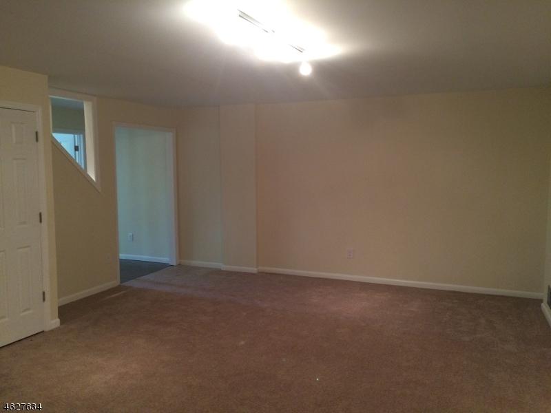 Additional photo for property listing at 4 Eagles Nest 7  Vernon, Нью-Джерси 07462 Соединенные Штаты